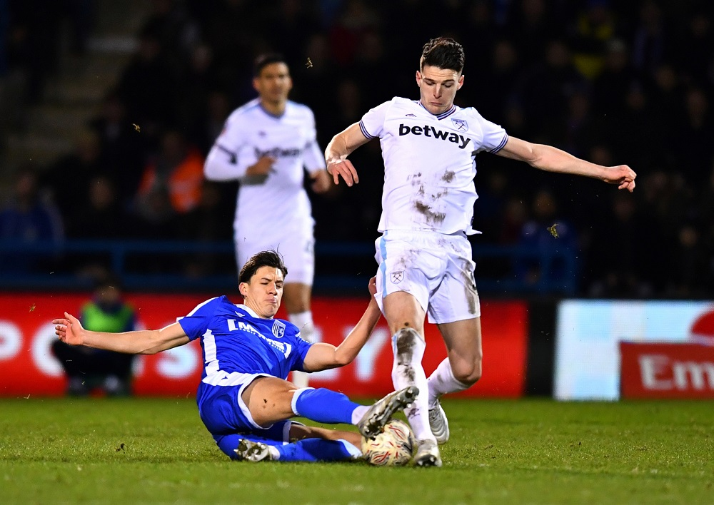 'Shouldn't Pay More Than 35 Million For Him' 'Rodri Is Better' Fans Question City's Interest In Declan Rice